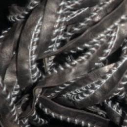 Кант матовый кожезаменитель обшитый белой ниткой (30 метров)