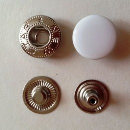 Кнопка металлическая 15 мм эмаль белая №101 (720 штук)