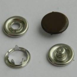 Кнопка трикотажная беби закрытая 9,5 мм турция коричневый 301 (1440 штук)