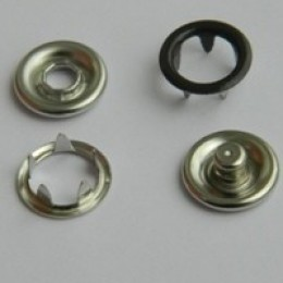 Кнопка трикотажная беби кольцо 9,5 мм турция коричневый 301 (1440 штук)