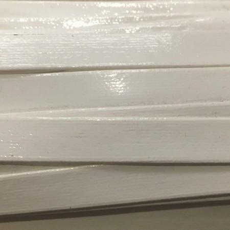 Бейка лаковая 10 мм белая (30 ярдов)