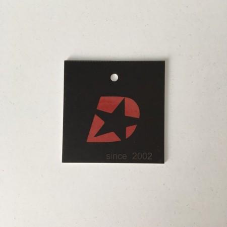 Этикетка картонная 4х4см Danstar Sport Wear заказная (Штука)