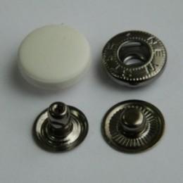Кнопка пластиковая 17 мм турецкая белая (720 штук)