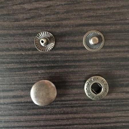 Кнопка металлическая 12,5мм Китай антик (1000 штук)