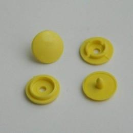 Кнопка пластиковая 4 части 10 мм желтый 108 (1000 штук)