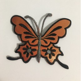Вышивка апликация бабочка 10х9см персик (Штука)