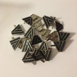 Украшение металлическое крабик пирамида 20х20мм (200 штук)